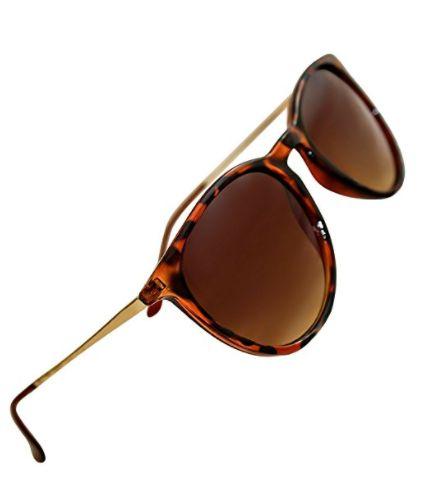 "Getthese polarized sunglasses from Eye Love <a href=""https://www.amazon.com/Womens-Polarized-Sunglasses-Designer-"