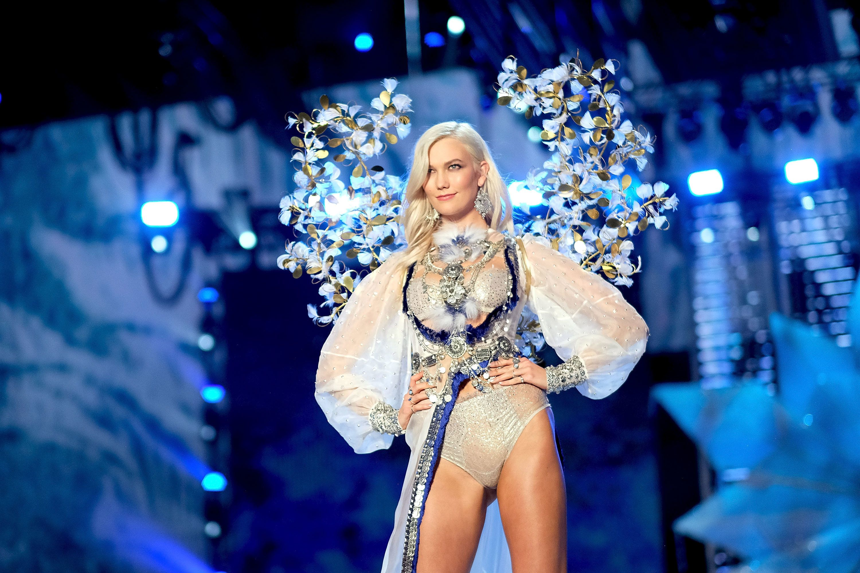 SHANGHAI, CHINA - NOVEMBER 20:  Karlie Kloss walks the runway during the 2017 Victoria's Secret Fashion Show In Shanghai at Mercedes-Benz Arena on November 20, 2017 in Shanghai, China.  (Photo by Matt Winkelmeyer/Getty Images for Victoria's Secret)