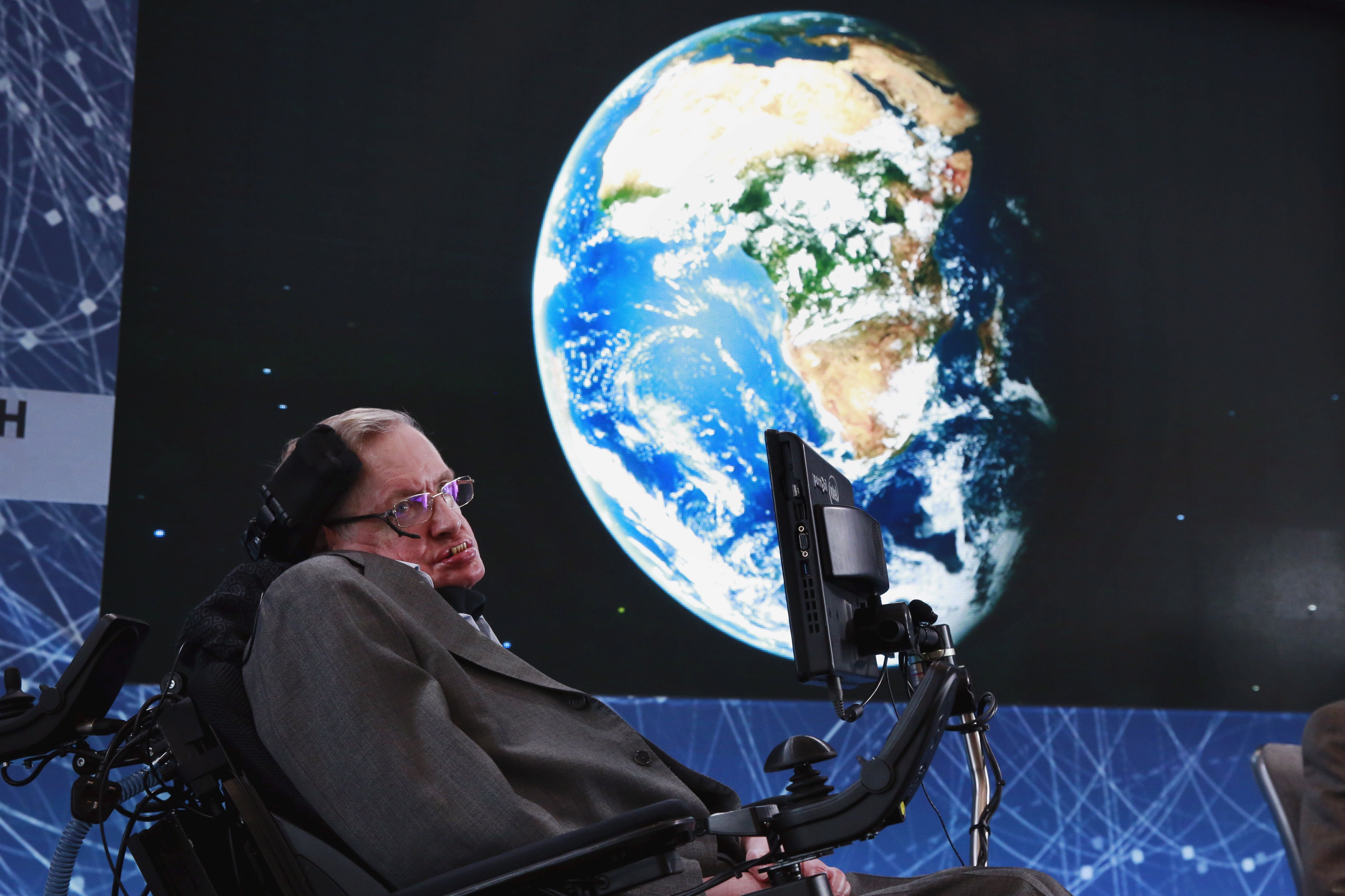 Stephen Hawking's Theories On Everything (Other Than Physics): Killer Robots, NHS And