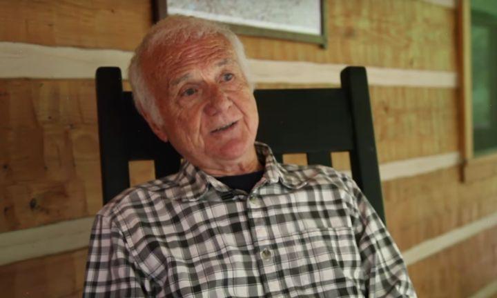 83-Jähriger spielt zum ersten Mal im Porno mit – jetzt hat er eine Botschaft an junge Menschen