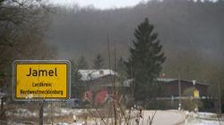 Γερμανία: Το χωριό των νεοναζί και το ζευγάρι που