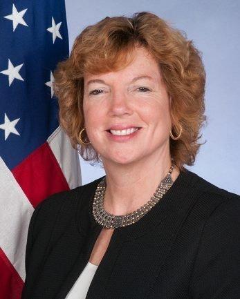 Δεν περιμένουμε να υπάρξει κάποιο πρόβλημα, δηλώνει η πρέσβειρα των ΗΠΑ στην Κύπρο για τις έρευνες της
