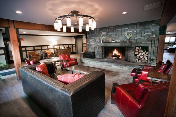 """With the largest stone fireplace in Vermont, a hot tub, pool, and free breakfast, <a href=""""https://www.tripadvisor.com/Hotel_"""