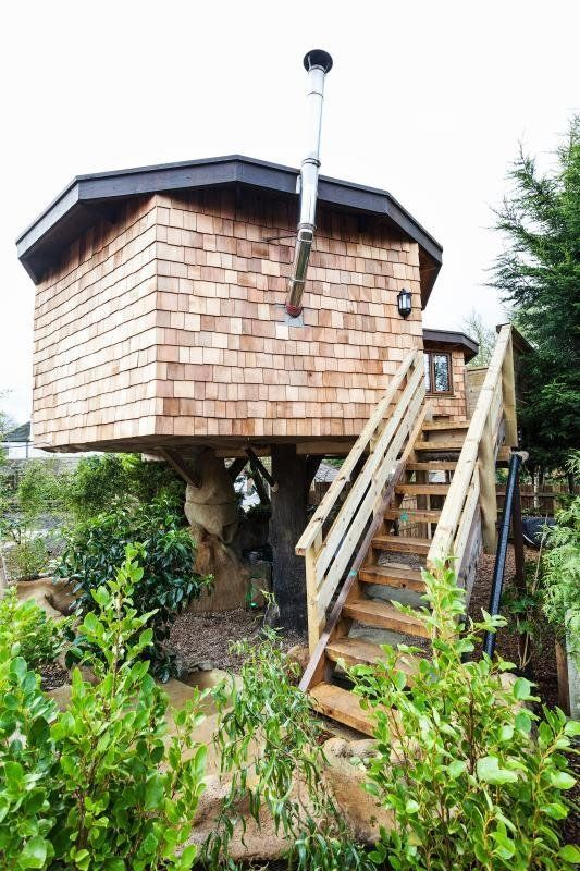 This brilliant treehouse includes a private hot tub and has everything needed to check your boxes for an idyllic getaway.&nbs