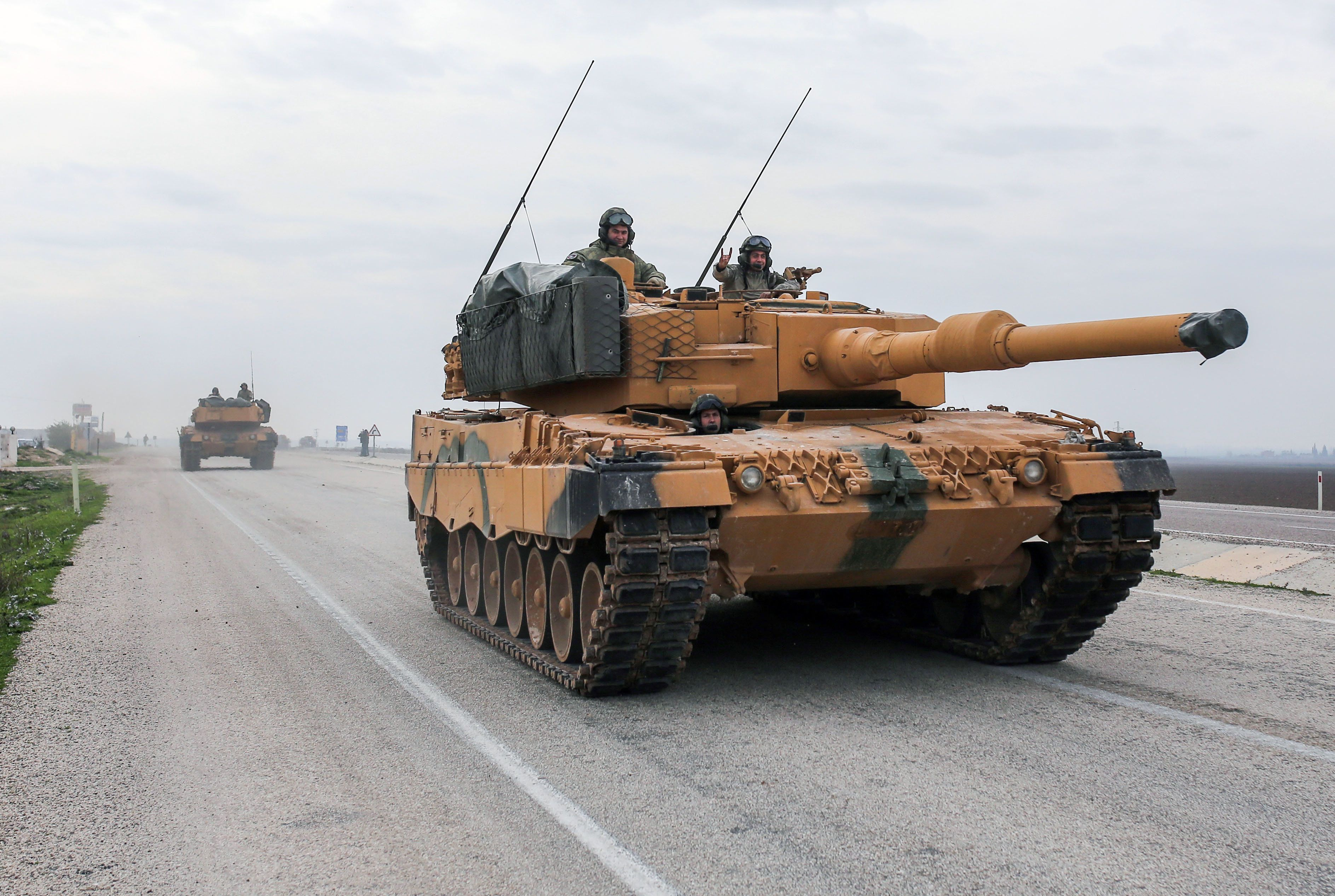 Deutschland hat umfangreiche Waffendeals mit der Türkei genehmigt – trotz