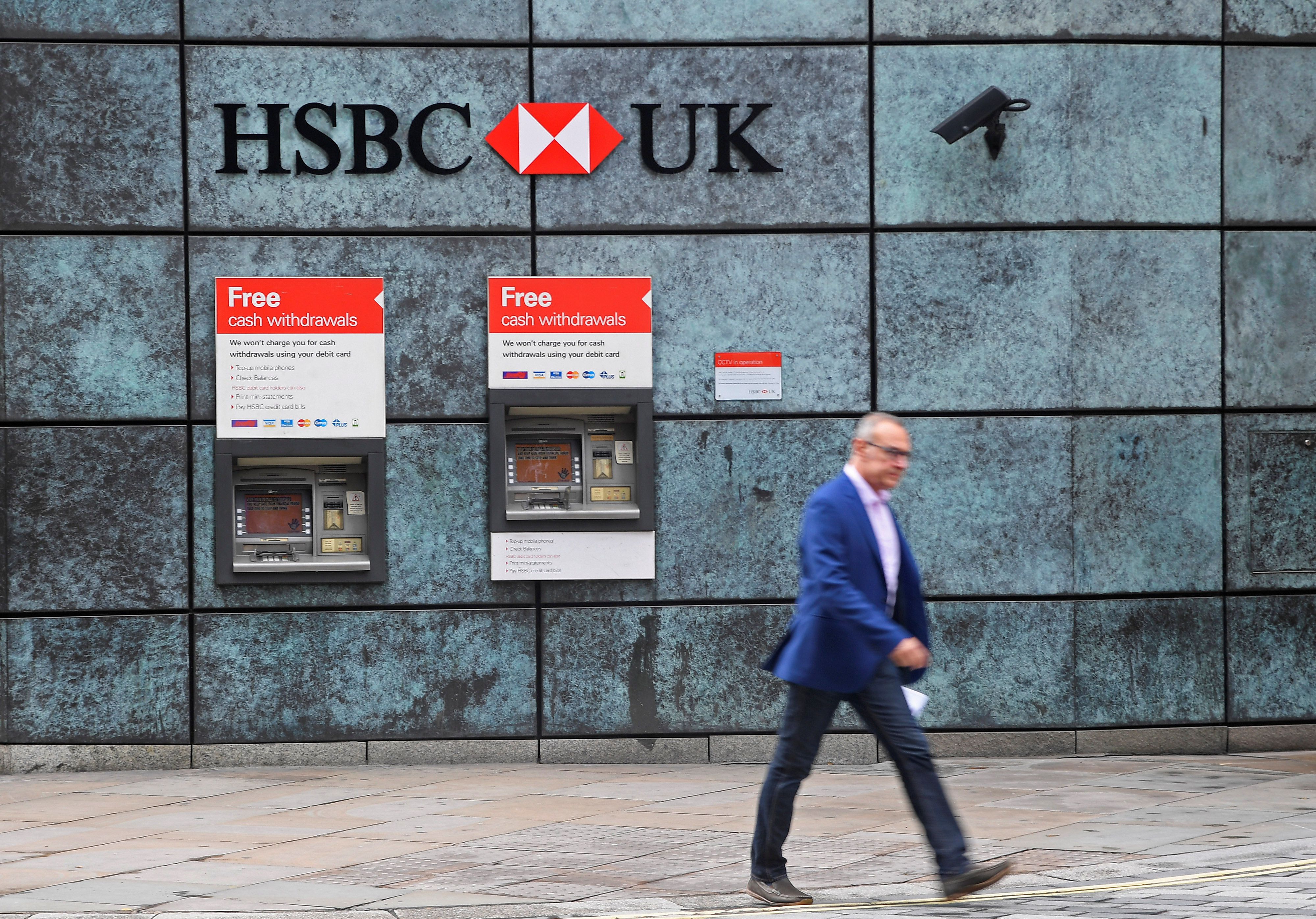 HSBC Reveals Female Staff In Britain Earn Almost 60% Less Than