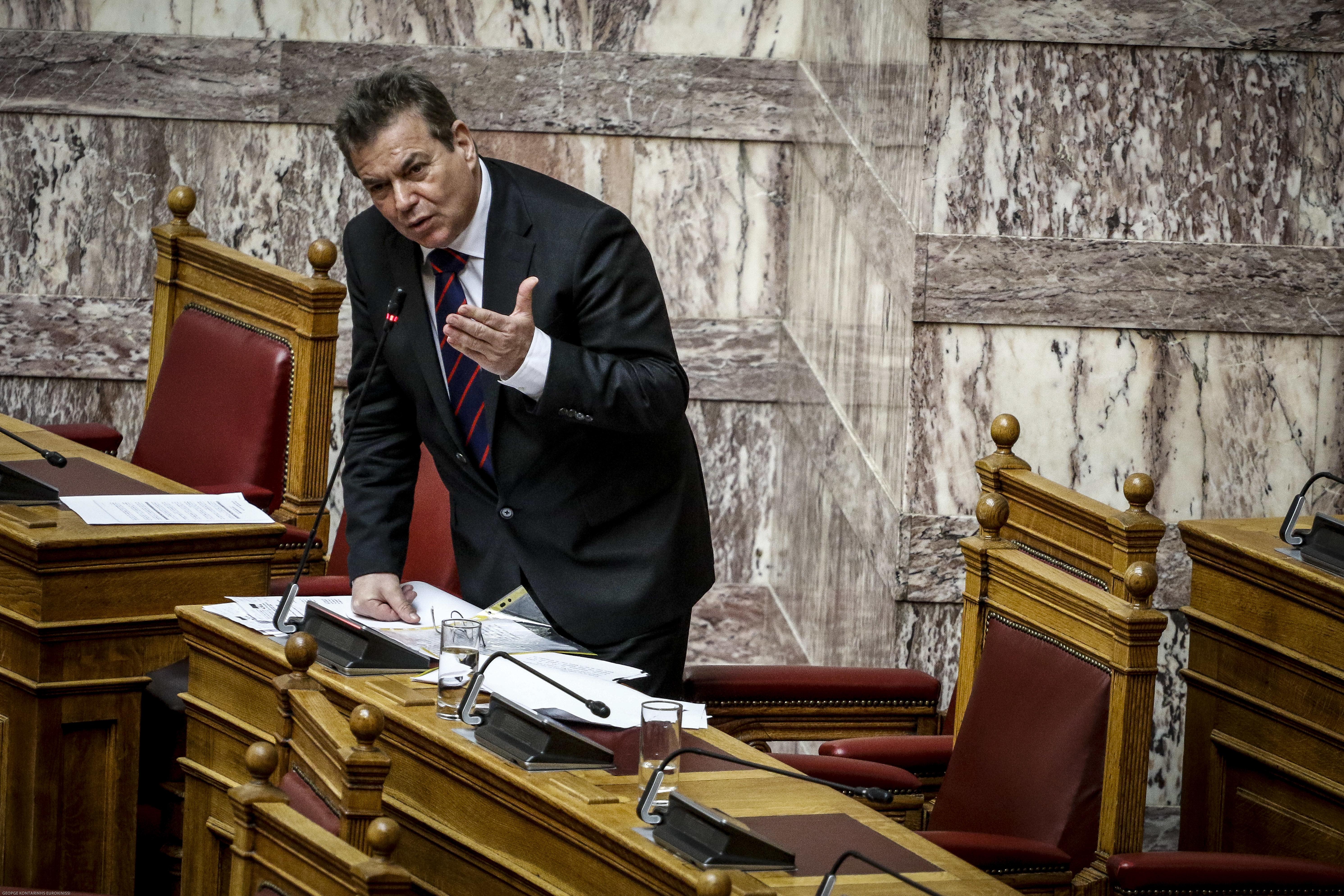 Πετρόπουλος σε υποψήφιο διοικητή ΕΦΚΑ: Απέσυρε τώρα την υποψηφιότητά