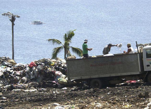 보라카이 섬의 폐쇄가 임박해오고