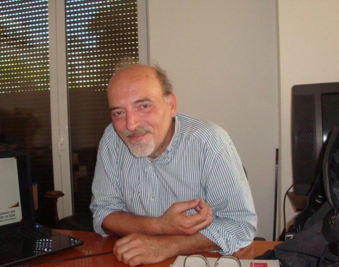 Πέθανε ο δημοσιογράφος Λάζαρος Χατζηνάκος σε ηλικία 61
