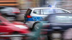 München: Betrunkene Mutter zerquetscht fast ihr Kind – Nachbar verhindert Schlimmeres