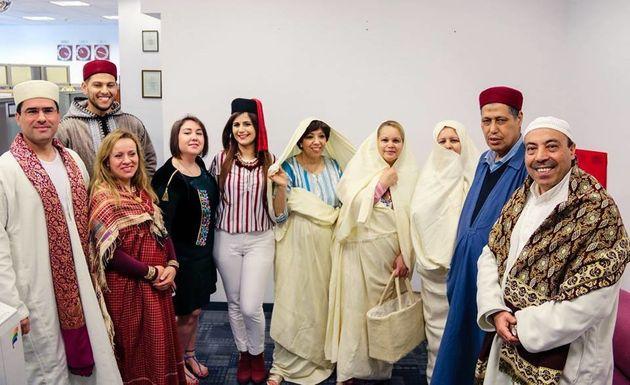 Les Tunisiens fêtent l'habit traditionnel? Ils ne sont pas les