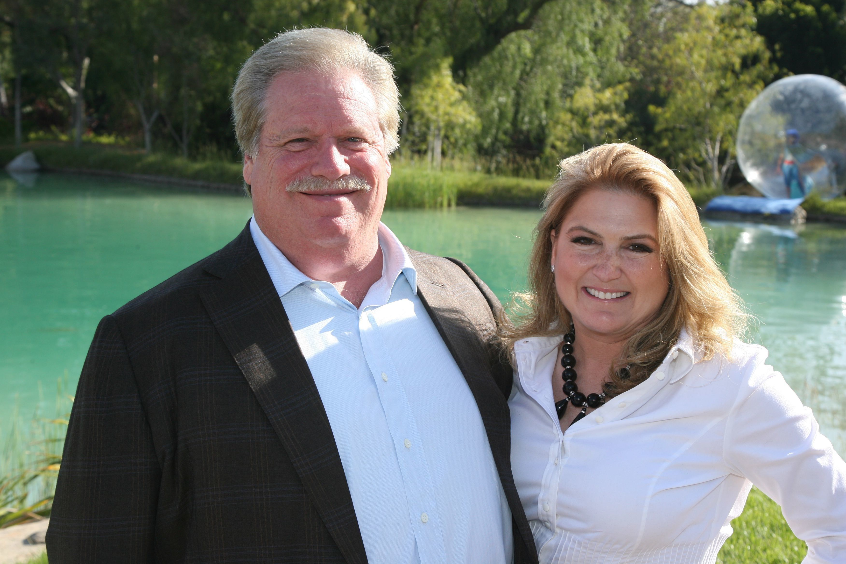 Elliott Broidy and his wife, Robin Rosenzweig, are suing the government of Qatar.