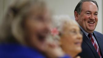 "U.S. Republican presidential candidate former Governor Mike Huckabee smiles during a ""Huckabee Huddle"" campaign event at the Marshalltown Senior Citizens Center in Marshalltown, Iowa January 27, 2016. Huckabee was the winner of the Iowa Republican Presidential Caucus in 2008.     REUTERS/Carlos Barria"