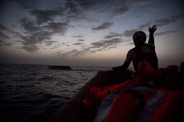 Η πρώτη τραγωδία στο Αιγαίο για το 2018: Νεκροί τουλάχιστον 16 πρόσφυγες. Συγκλονίζουν οι