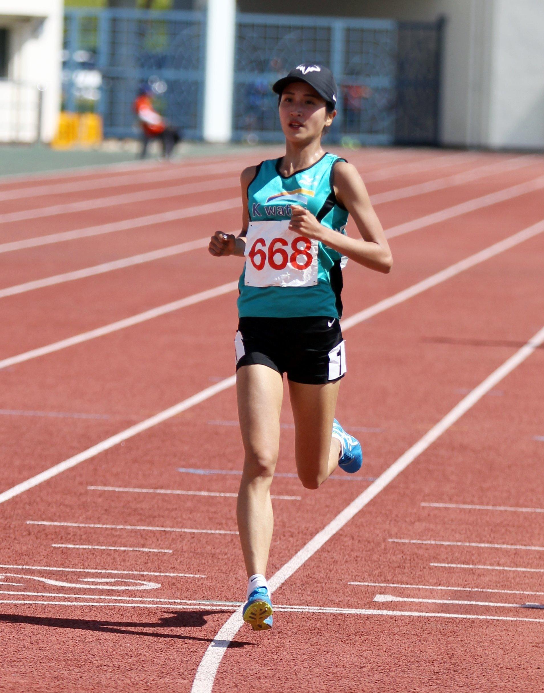 김도연이 여자마라톤 한국 신기록을