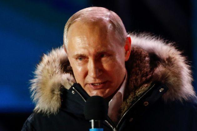 푸틴이 예상대로 압도적 승리를 거뒀다. 장기집권은 2024년까지