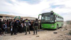 Συρία: Συνεχίζεται η έξοδος αμάχων από την ανατολική