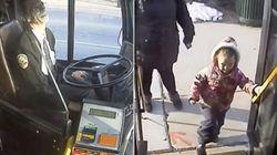 So süß bedankt sich ein Busfahrer bei einer 4-Jährigen, die ihm jeden Tag eine Freude macht