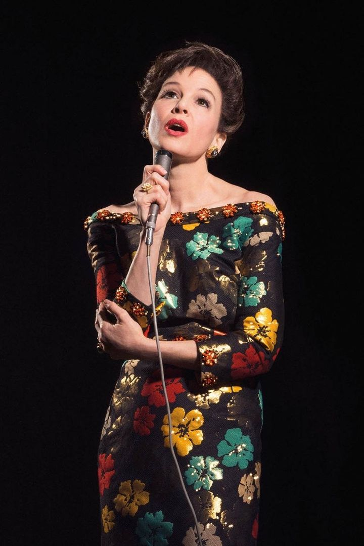 Renée in character as Judy Garland