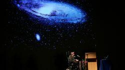 Stephen Hawking: Kurz vor seinem Tod sagte er das Ende des Universums