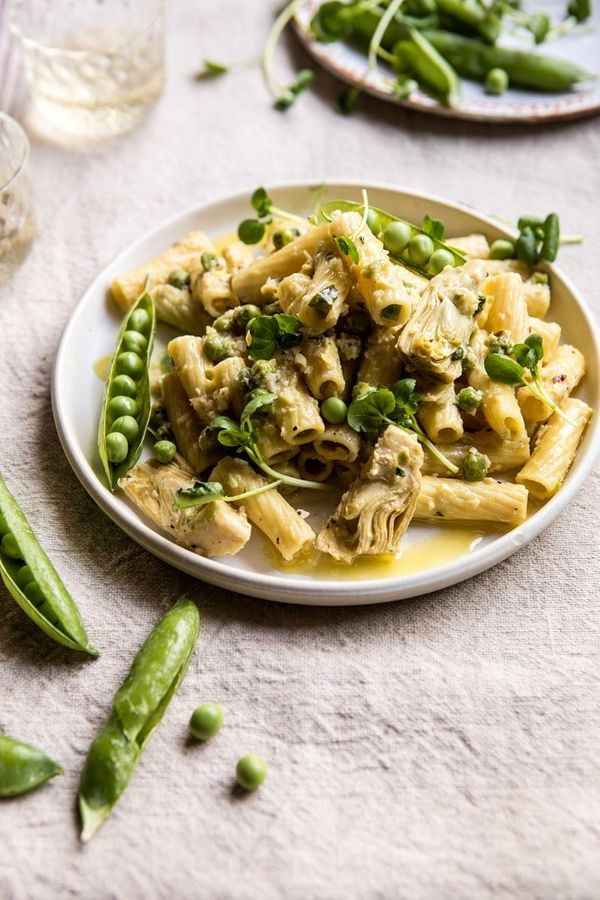 "<strong>Get the <a href=""https://www.halfbakedharvest.com/30-minute-artichoke-and-pea-rigatoni-pasta/?highlight=pasta"" target"