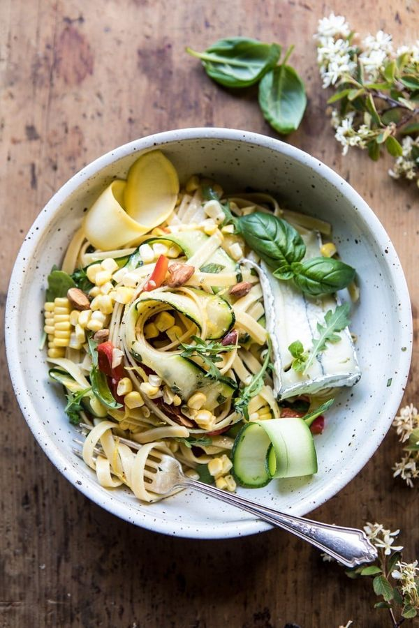 "<strong>Get the <a href=""https://www.halfbakedharvest.com/farmers-market-goat-cheese-pasta-primavera/?highlight=pasta"" target"