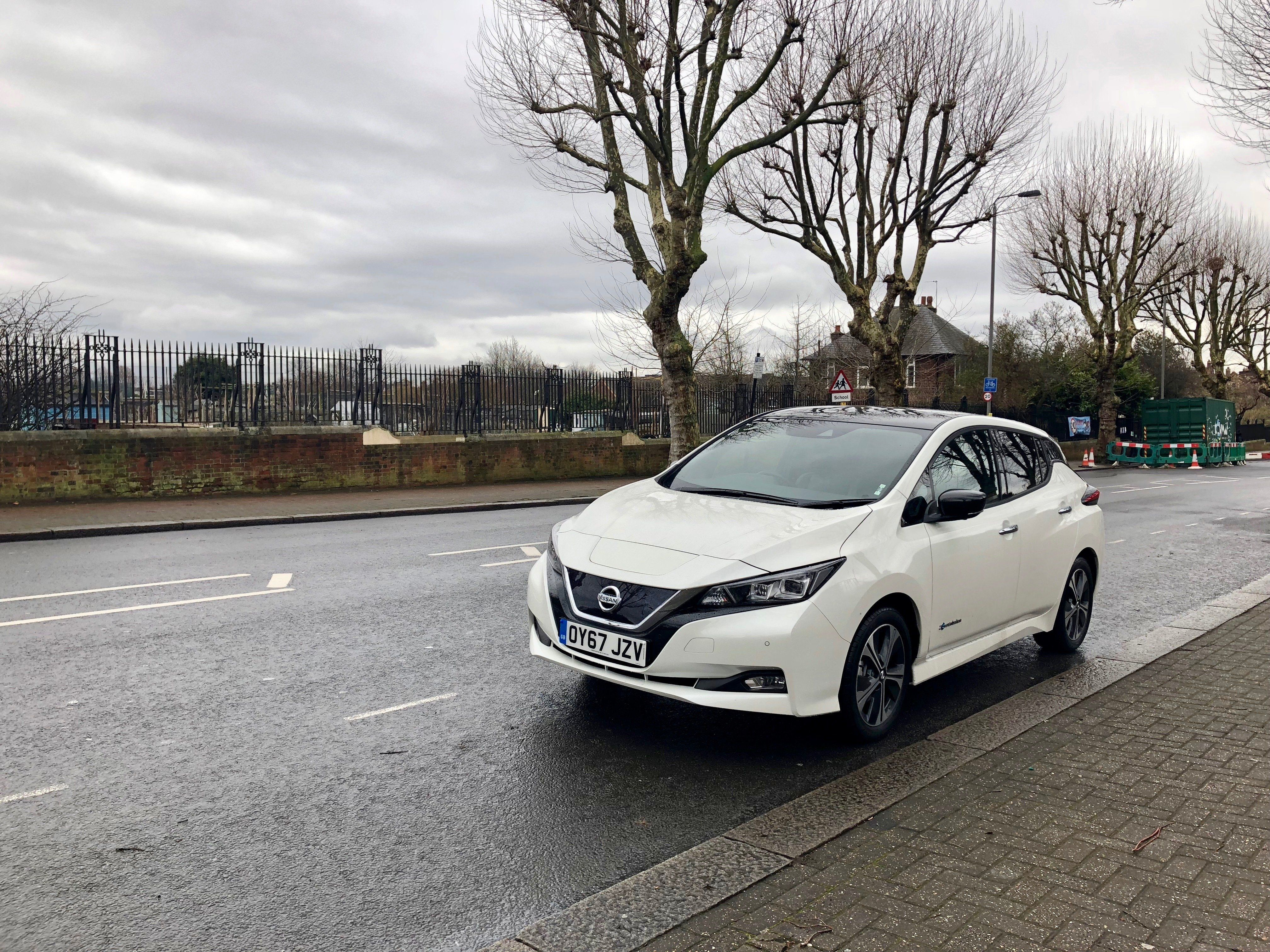 Nissan Leaf 2018: The Electric Car That's More Affordable - HuffPost