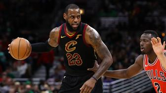 CHICAGO, USA - MARCH 18: LeBron James (23) of Cleveland Cavaliers in action during the NBA basketball match between Chicago Bulls and Cleveland Cavaliers at the United Center in Chicago, Illinois, United States on March 18, 2018.    (Photo by Bilgin S. Sasmaz/Anadolu Agency/Getty Images)