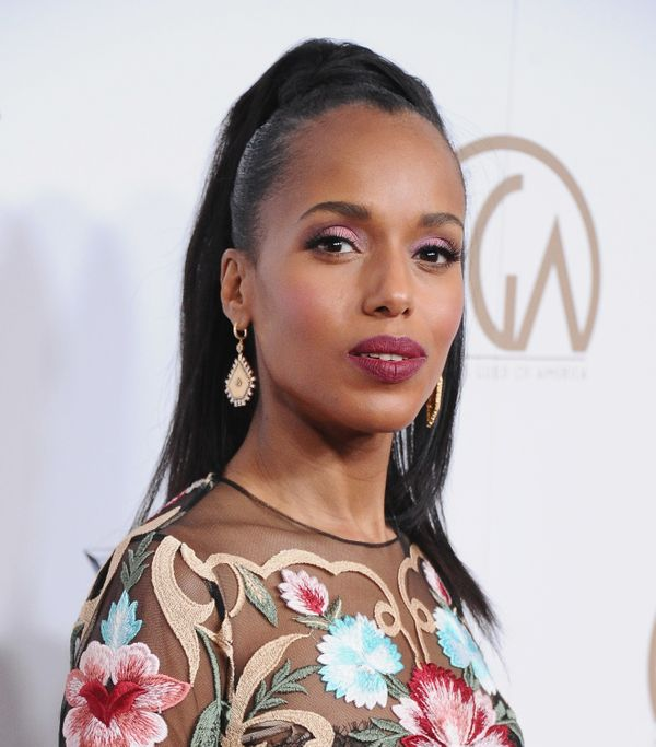 "To achieve this look on Kerry Washington for the Producers Guild Awards in January, makeup artist <a href=""https://www.instag"