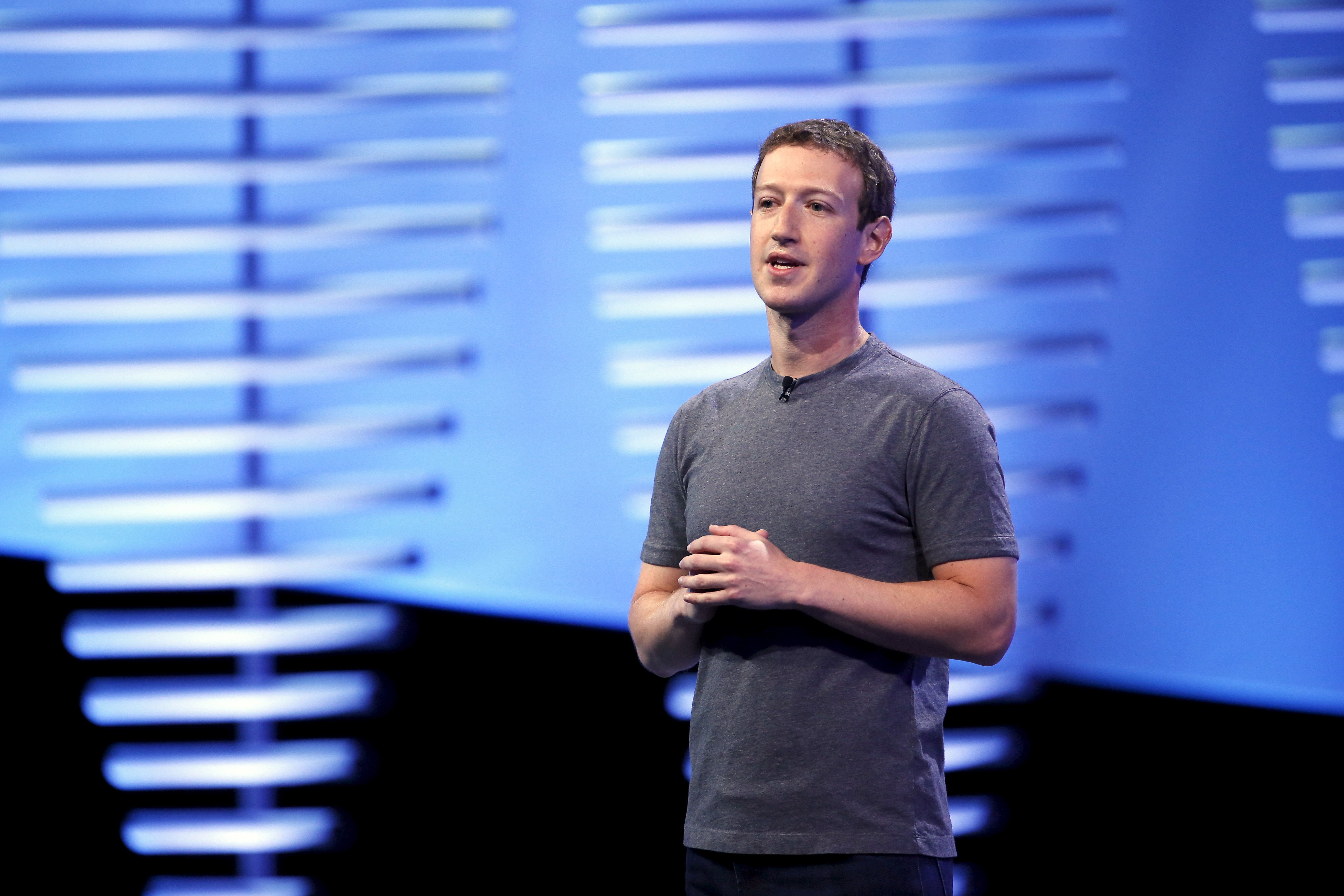 Pressure building on Facebook CEO over data breach