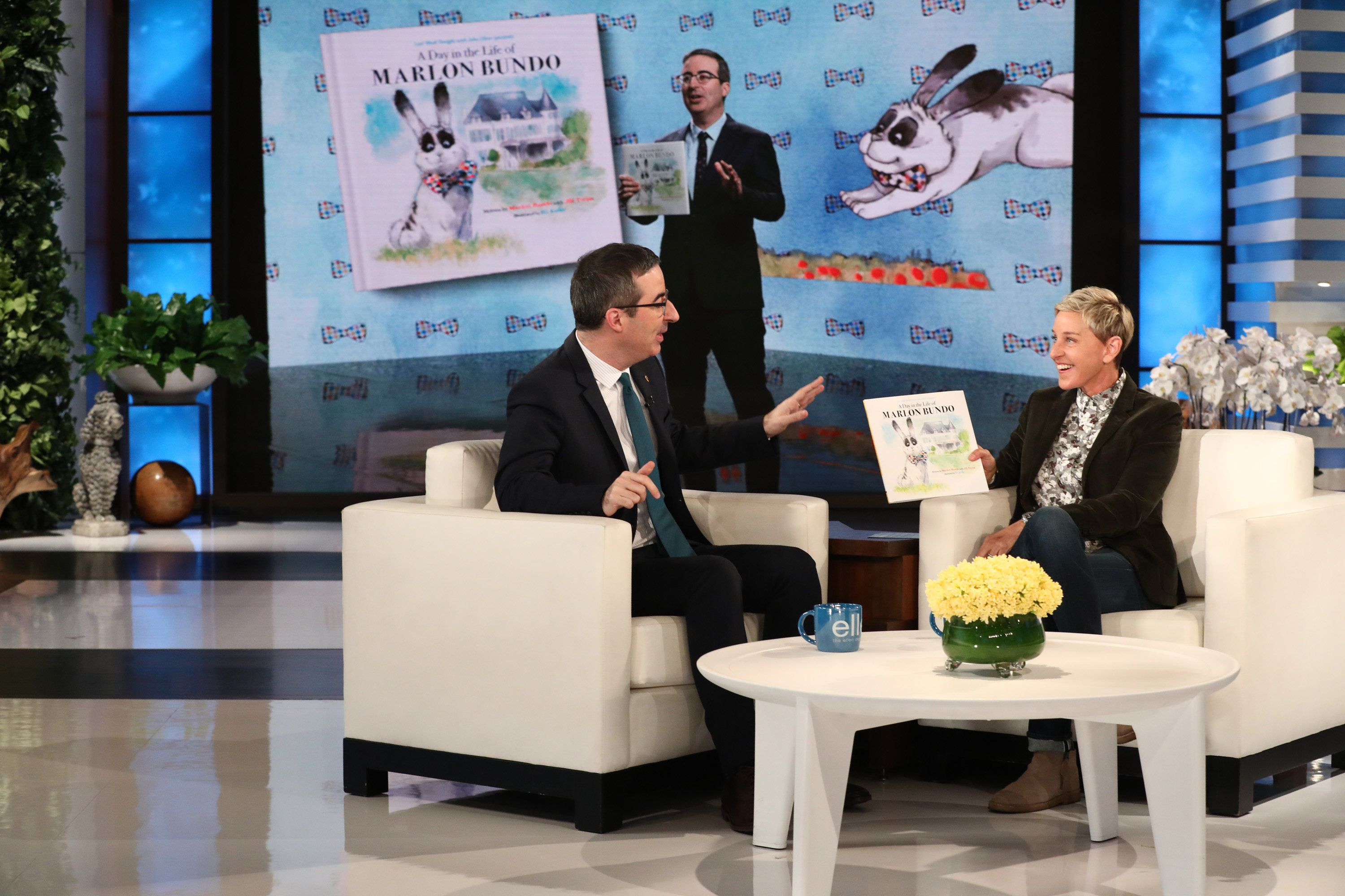 "In this photo released by Warner Bros., a taping of ""The Ellen DeGeneres Show"" is seen at the Warner Bros. lot in Burbank, Calif. (Photo by Michael Rozman/Warner Bros.)"