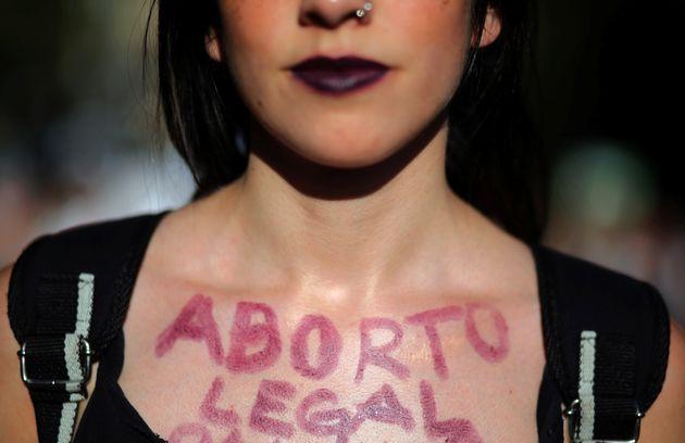 낙태가 합법인 국가일수록 낙태율이