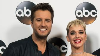 (L-R) Singers/Songwriters Luke Bryan, Katy Perry and Lionel Richie attend the Disney ABC Television TCA Winter Press Tour on January 8, 2018, in Pasadena, California. / AFP PHOTO / VALERIE MACON        (Photo credit should read VALERIE MACON/AFP/Getty Images)