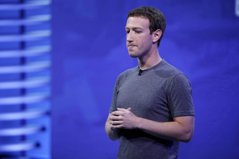 """Facebook-Chef Zuckerberg gesteht: """"Wir haben Fehler gemacht"""""""