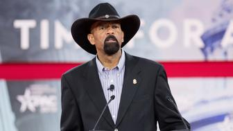 OXON HILL, MD, UNITED STATES - 2018/02/23: David Clarke, former Sheriff of Milwaukee County, Wisconsin, at the Conservative Political Action Conference (CPAC) sponsored by the American Conservative Union held at the Gaylord National Resort & Convention Center in Oxon Hill. (Photo by Michael Brochstein/SOPA Images/LightRocket via Getty Images)