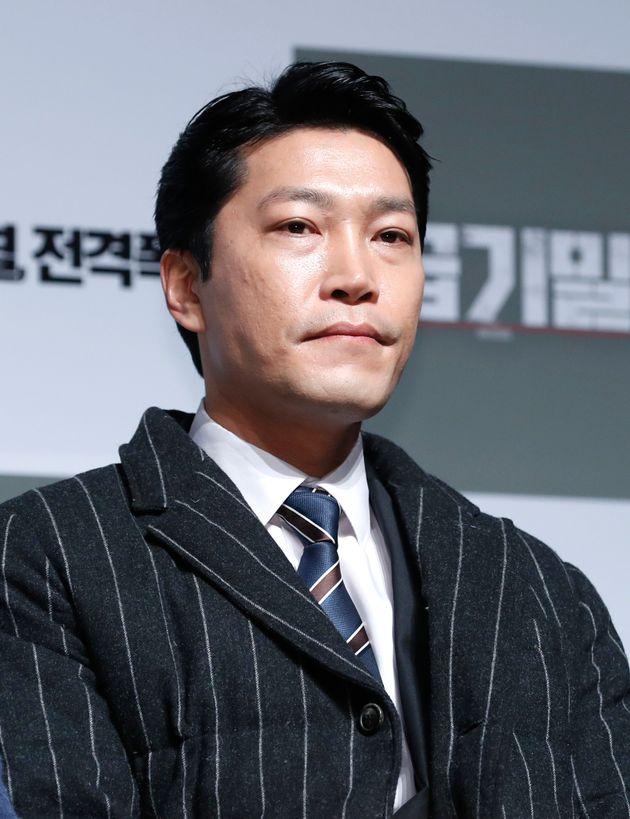 한국판 '슈츠'에서 루이스 리트 역을 맡을 배우가