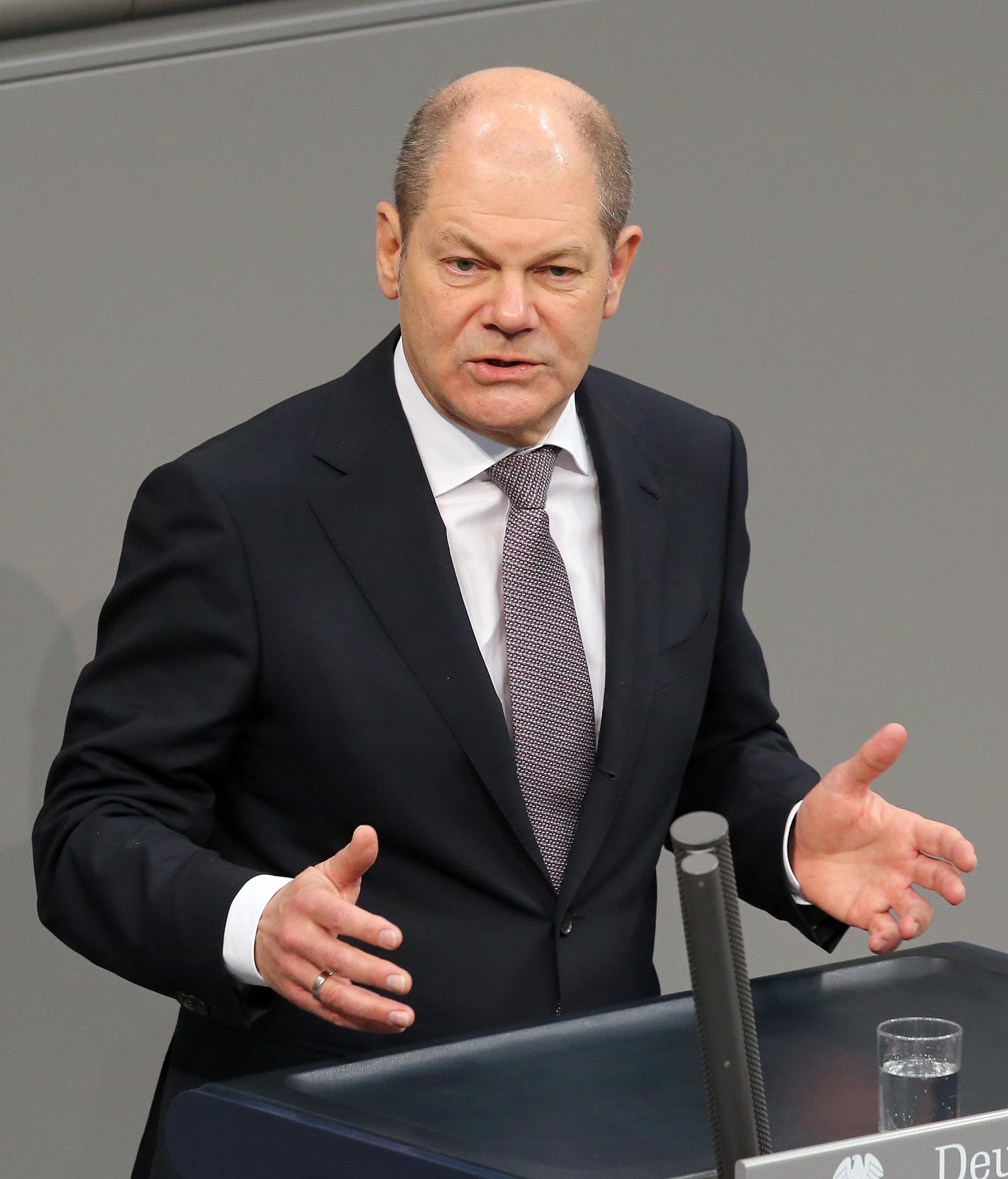 Finanzminister Scholz erklärt, wie er die Schwarze Null halten
