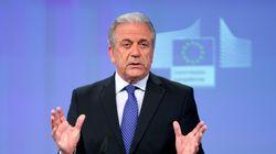 Αβραμόπουλος: «Η επιτροπή σας έχει απωλέσει τη νομιμοποίησή της. Δεν θα