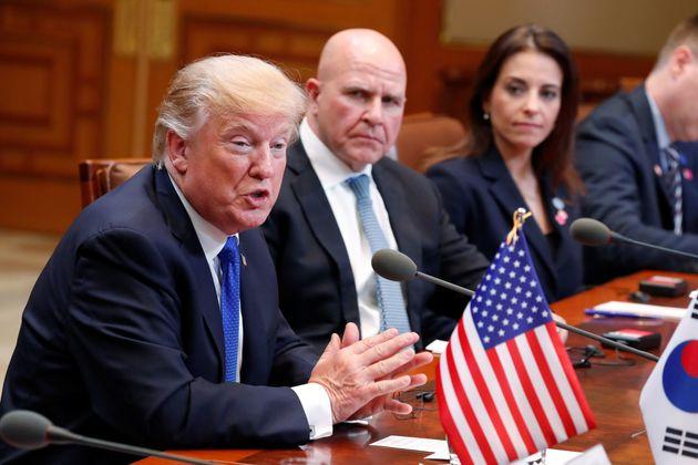 트럼프가 '슈퍼 매파' 존 볼턴을 국가안보보좌관에