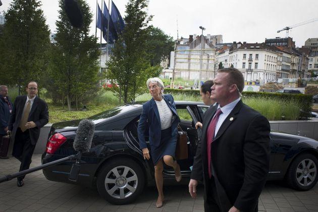 Θα έχει μέλλον το ΔΝΤ στο ελληνικό πρόγραμμα; Οι άτυπες διαπραγματεύσεις για την παραμονή ή την αποχώρηση...