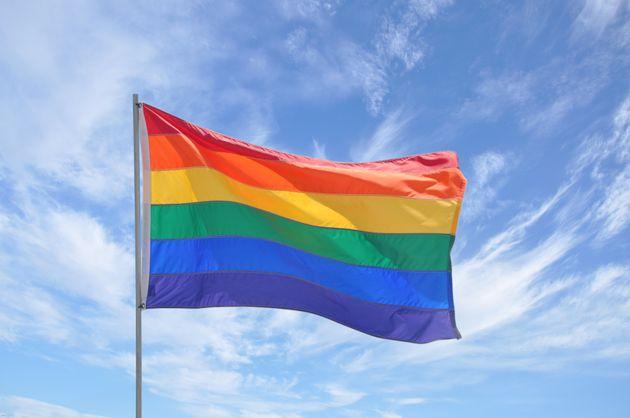 En finira-t-on enfin avec la législation homophobe en