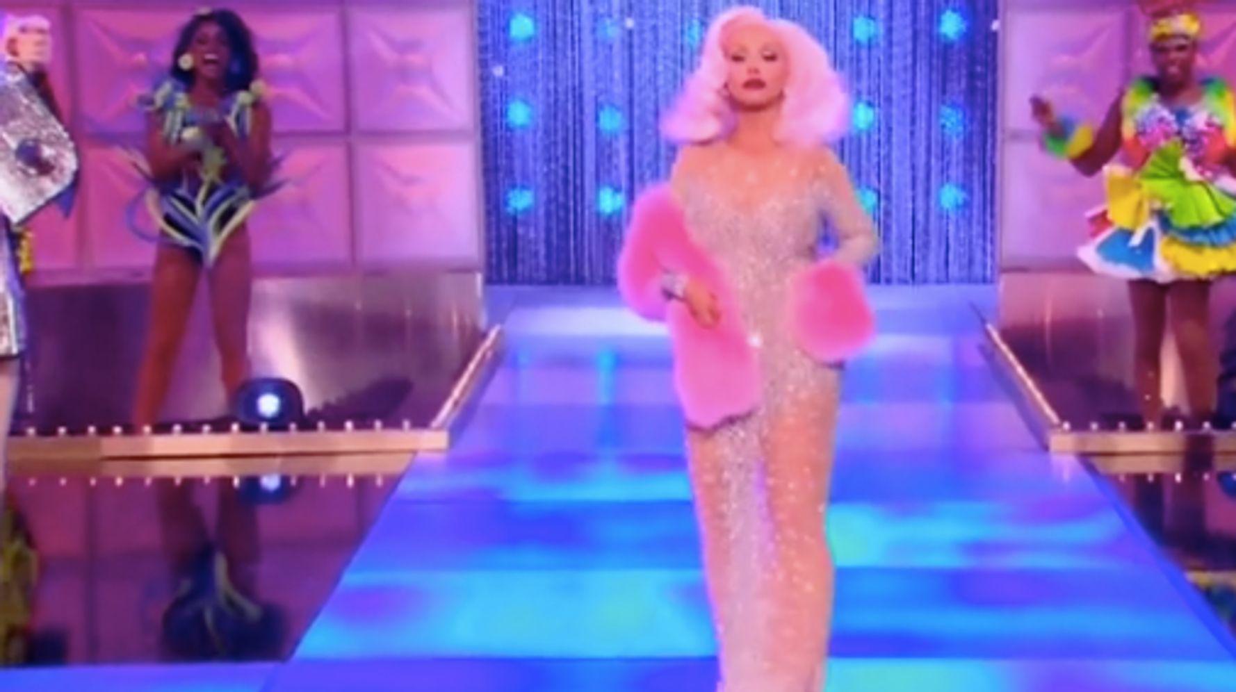 What A Queen Wants: Christina Aguilera Surprises Cast On