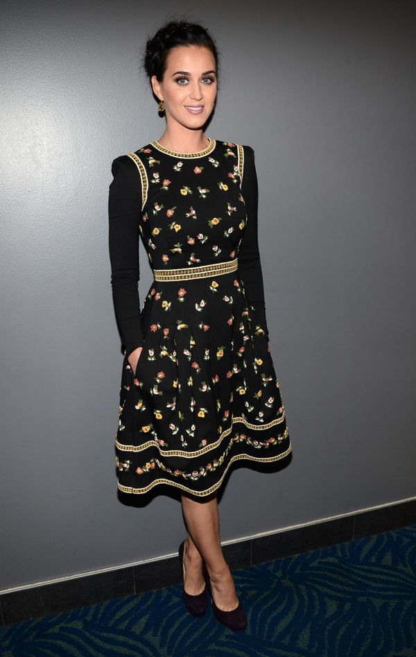 """Wearing a <a href=""""http://www.redcarpet-fashionawards.com/2013/01/10/katy-perry-in-valentino-2013-peoples-choice-awards/"""" tar"""