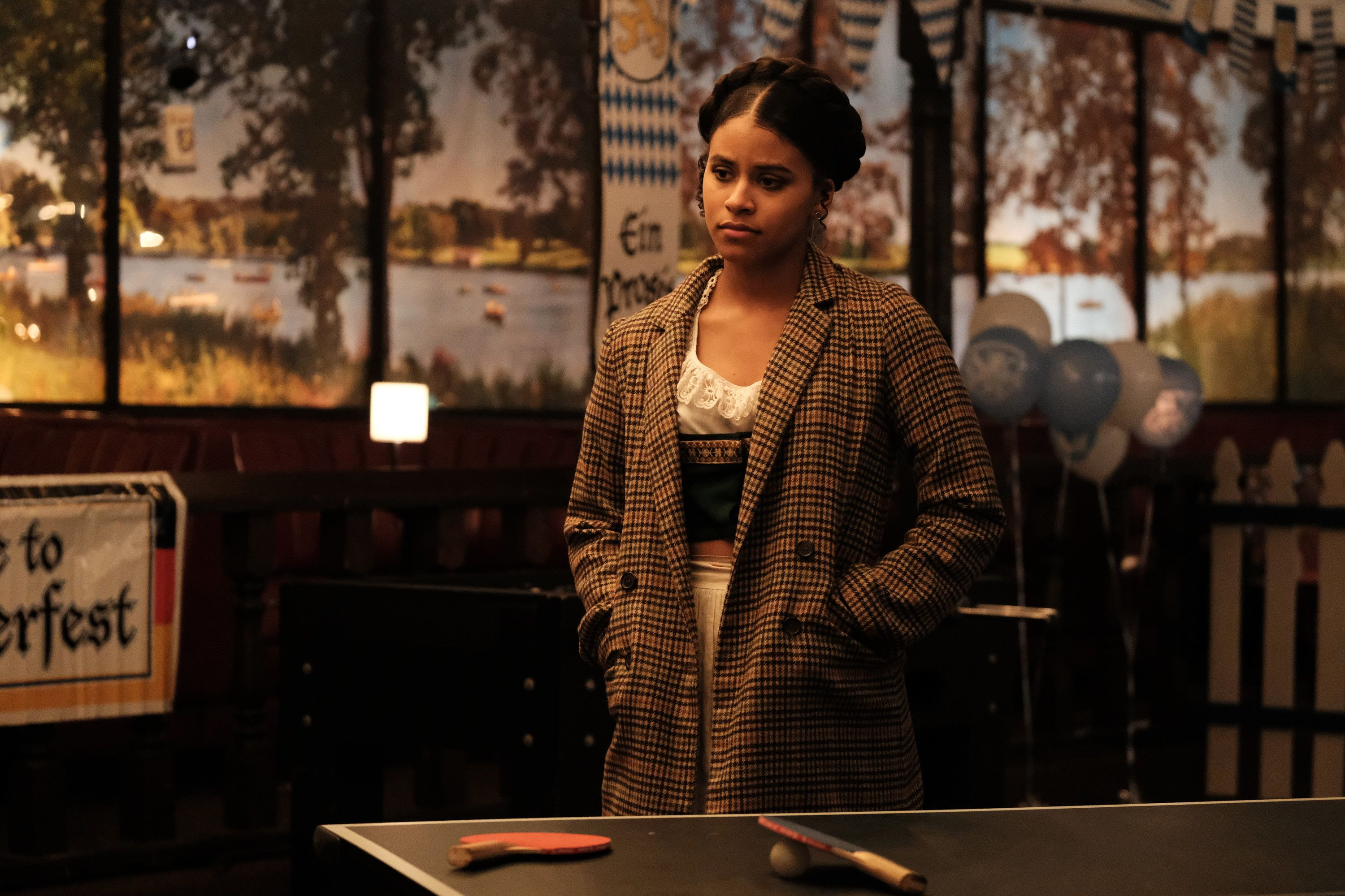 """A Ping-Pong gamereflects the state of Van and Earn's relationship on this week's """"Atlanta."""""""