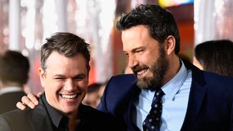 HOLLYWOOD, CA - JANUARY 09:  Actors Matt Damon (L) and Ben Affleck arrive at the Premiere Of Warner Bros. Pictures' 'Live By Night' at TCL Chinese Theatre on January 9, 2017 in Hollywood, California.  (Photo by Frazer Harrison/Getty Images)