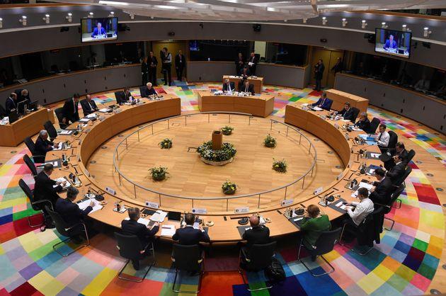 Süddeutsche Zeitung: Απόλυτη αλληλεγγύη των Ευρωπαίων σε Ελλάδα και