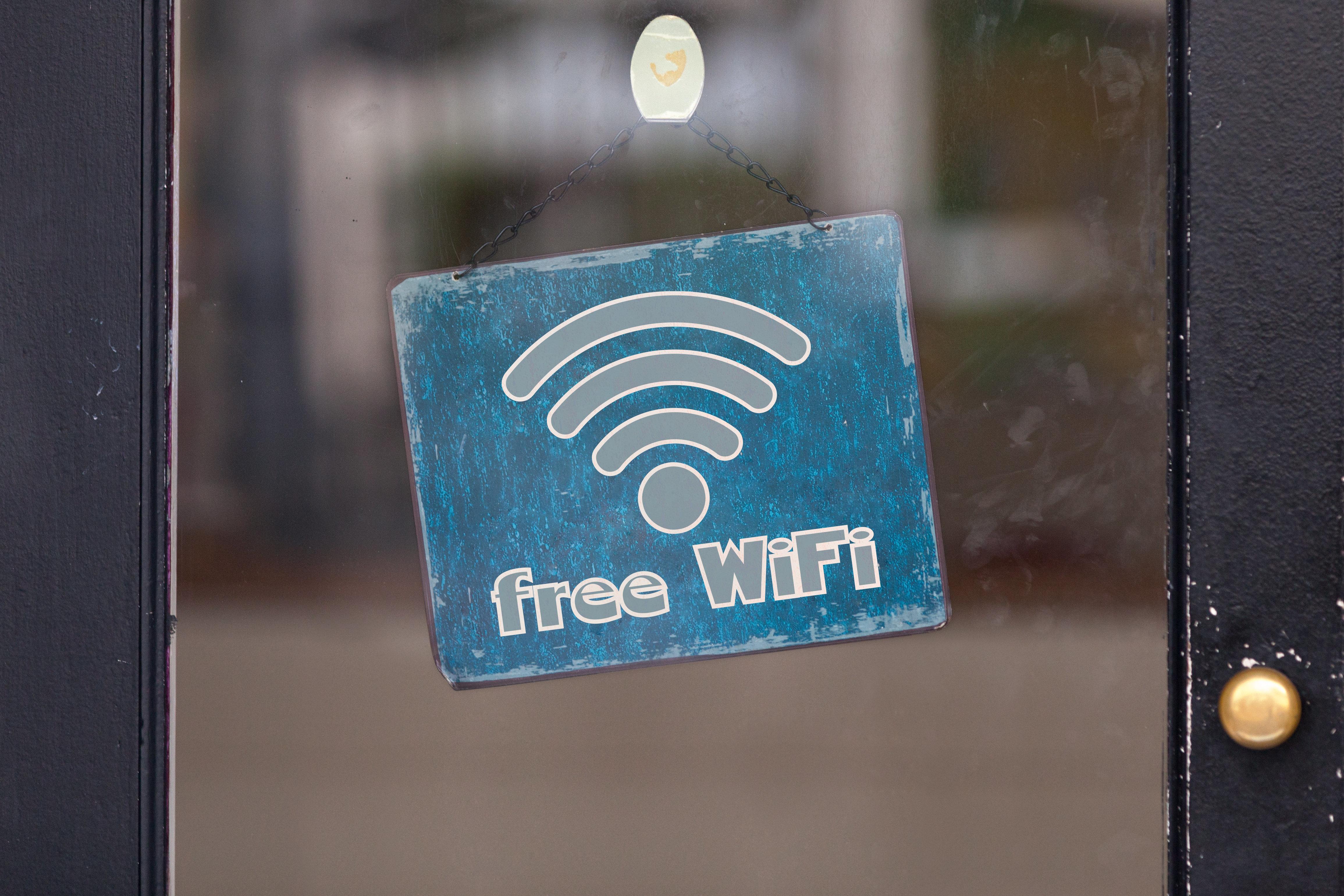 Δωρεάν ίντερνετ σε όλους τους δήμους μέσω του WiFi4EU. Τι λένε οι