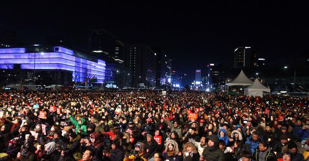 자유한국당이 '박근혜 세월호 7시간' 논평을 새로 냈다