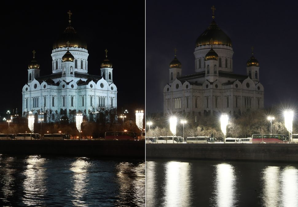 The Cathedral of Christ the Saviour in Moscow, before and during Earth Hour.