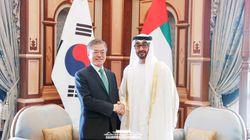 문재인 대통령이 UAE 정상회담에서 '특사 논란'을 언급하며 꺼낸